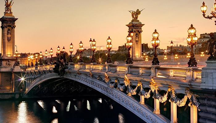 Fransa vizesi - III. Alexandre Köprüsü
