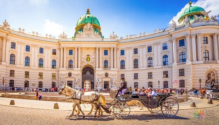 Avusturya Vize Başvurusu Yapmak İçin Gerekli Evraklar