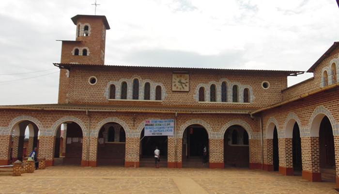Kongo Demokratik - Notre-Dame Katedrali