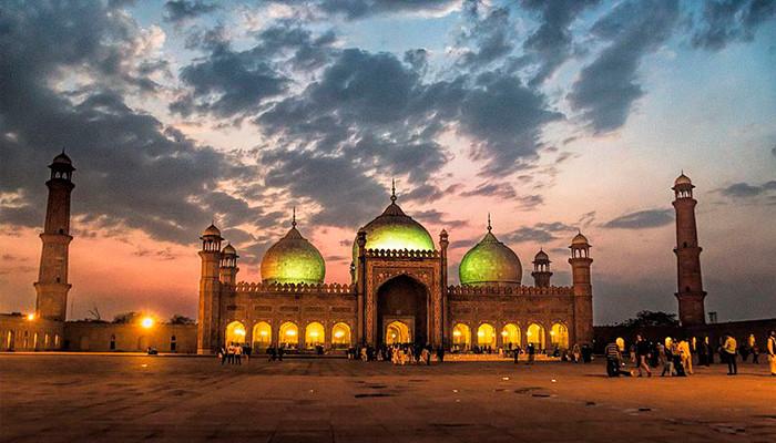 Pakistan - Badshahi Camii