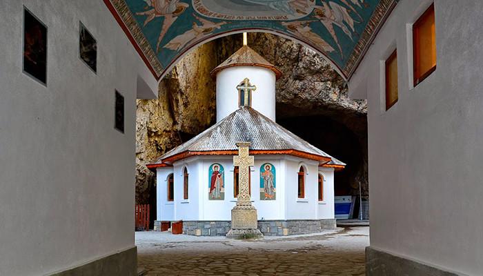 Romanya - Lalomita Mağarası