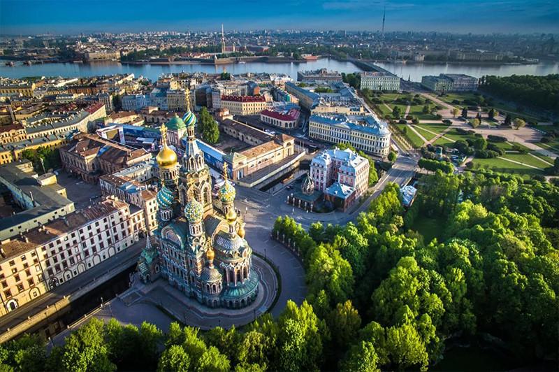 Sankt-Petersburg Gezi Rehberi