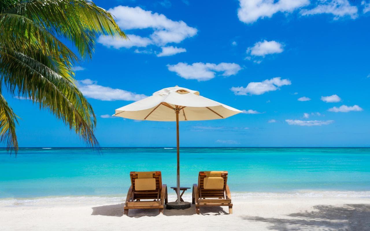 Karayipler'den 2 bin dolara 1 yıllık vize! Evinizde değil Karayiplar'den çalışın!