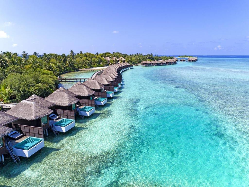 Maldivler ülkeye gelen turistleri aşılayacak!