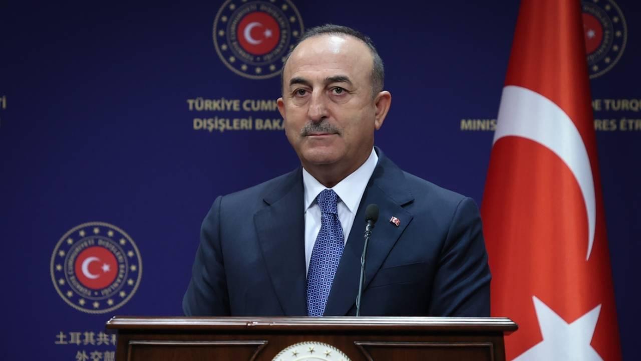 Türkiye'yi kırmızı listeye alan ülkeler sorusuna Çavuşoğlu'ndan yanıt!