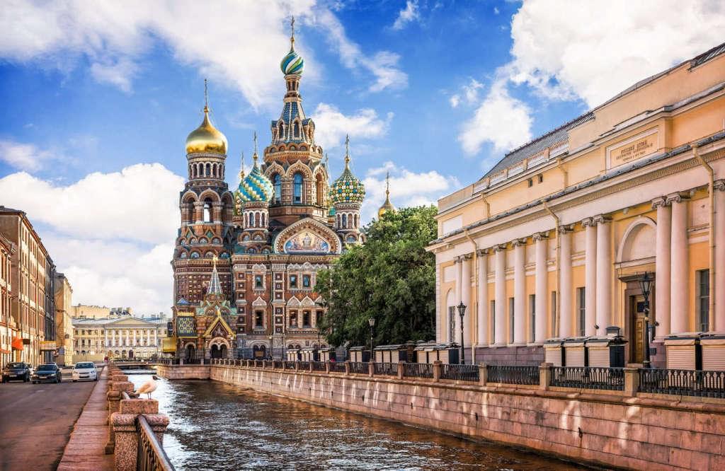 Rusya Vizesi Sankt-peterburg